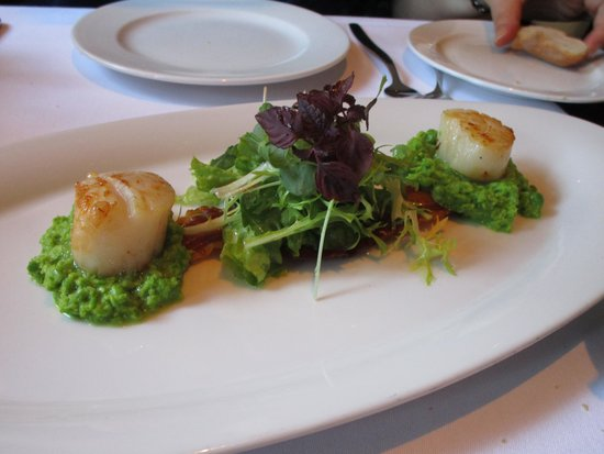 Midtown Grill: Scallops
