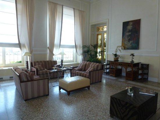 Grand Hotel Principe di Piemonte: Lounge