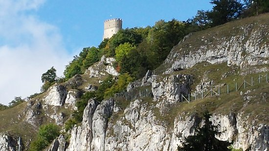 Brauereigasthof Schneider: The Burg on the cliff