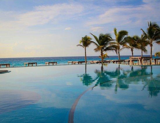 Hyatt Zilara Cancun: The Pool