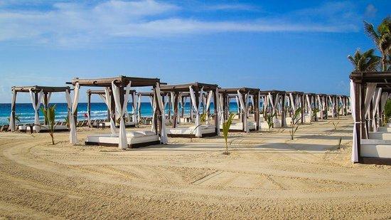 Hyatt Zilara Cancun: Cabanas
