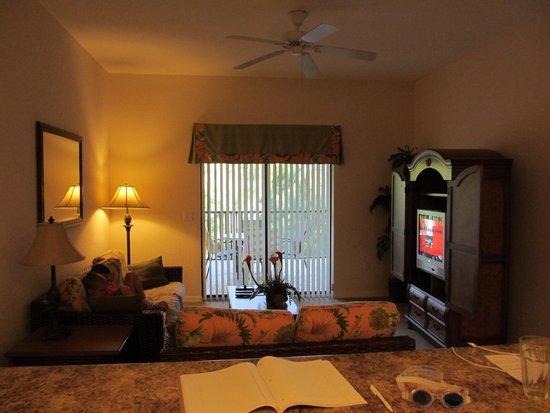 Caribe Cove Resort Orlando: Living area