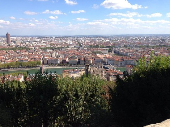 Vieux Lyon : 老議事堂山上鳥瞰里昂市景
