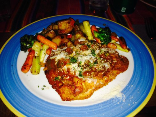 Eddy's Bar & Restaurant : Chicken Parmigiana