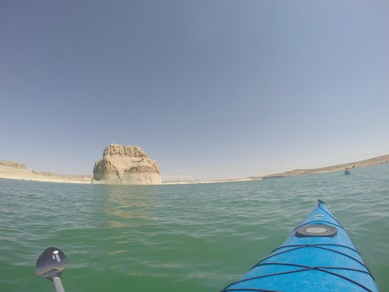 Kayak Lake Powell - Rentals and Day Tours: Lone rock!