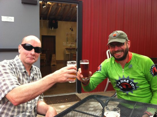 Beer & Bike Day Tours : Bike and Beer Tour