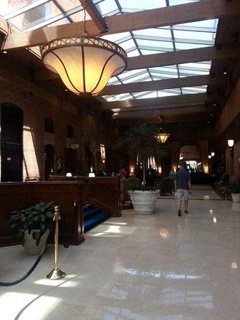 Columbus Marriott : reception area