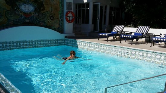 The Twelve Apostles Hotel and Spa: Pool