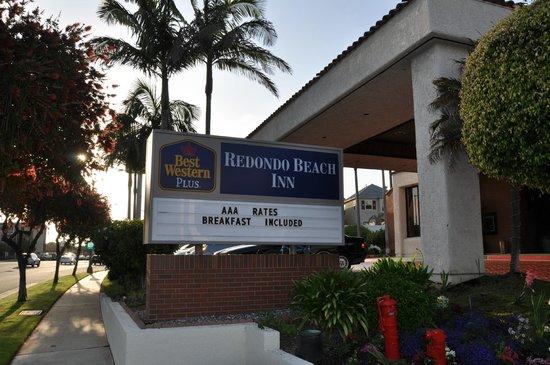 Best Western Plus Redondo Beach Inn: Eingangsbereich des Hotels
