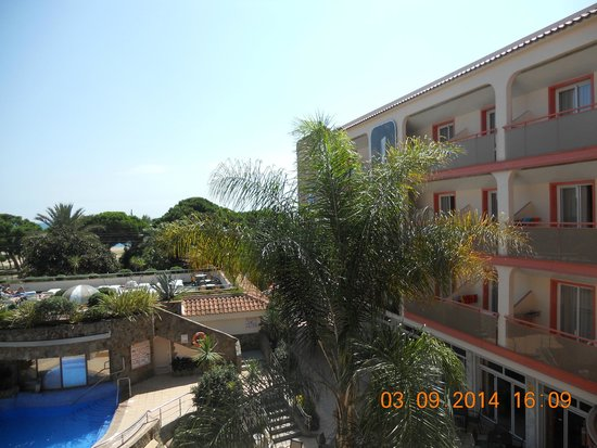 Sumus Hotel Monteplaya: Зеленый город