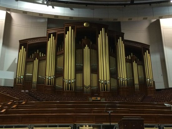 LDS Conference Center: The impressive pipe organ and choir stand