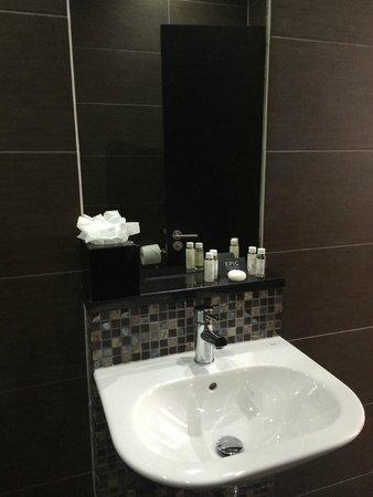 Epic Apart Hotel - Seel Street: Bathroom
