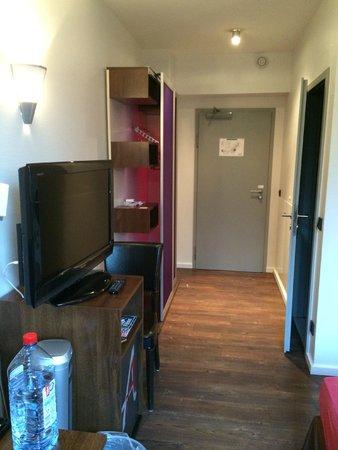 Auszeit Hotel Dusseldorf : Room