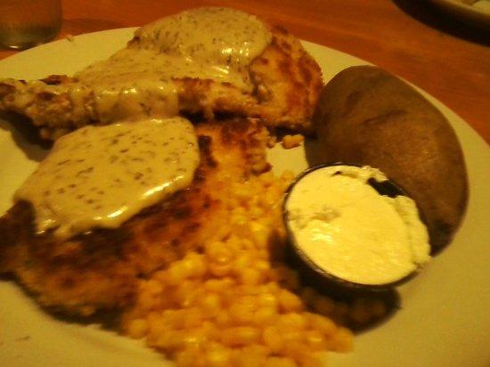Machine Shed: Pork Tenderloin Patty dinner