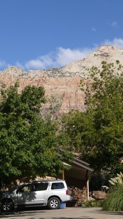 Red Rock Inn Bed and Breakfast Cottages : Beautiful scenery