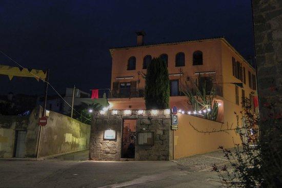 Casa Clara: Calida noche