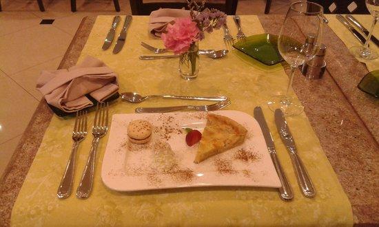 Chez Titi Salón de Té -  TeaRoom: TABLE CHEZ TITI