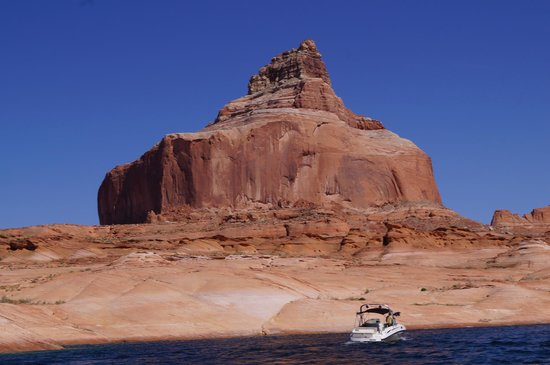 Antelope Point Marina Village : Lake Powell vom Motorboot aus