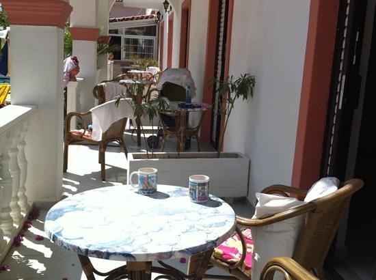 Daisy Apartments: balcony view