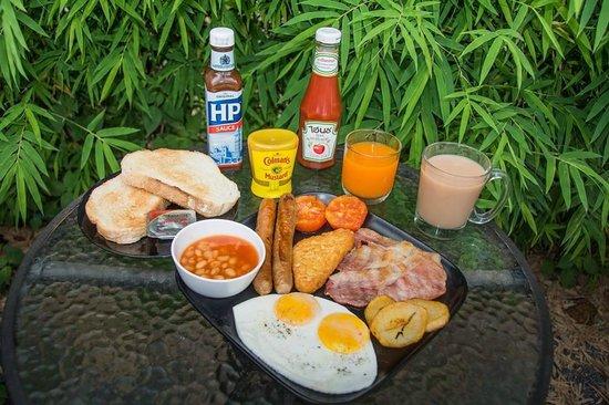 The Irish Embassy Pub: Best Breakfast on Lanta??