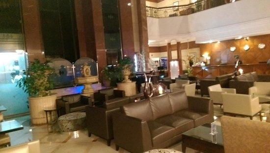 Regent Palace Hotel : Reception