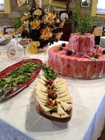 Ristorante-Pizzeria Li Tre Funtani: I nostri buffet