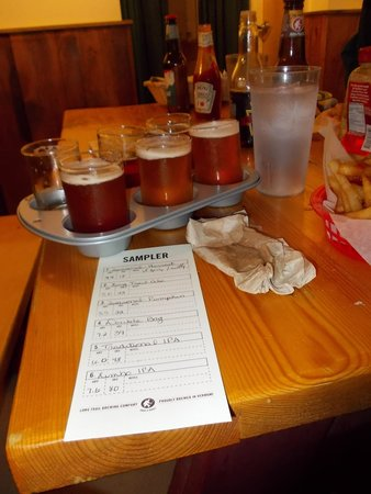 Long Trail Brewing Company: 6 samples: amber, pale, two diff IPA's...