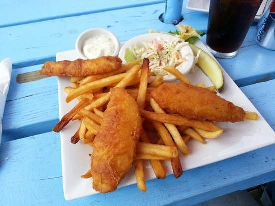 Jamie's Dockside Diner at Taylor's Landing: Great fish and chips!