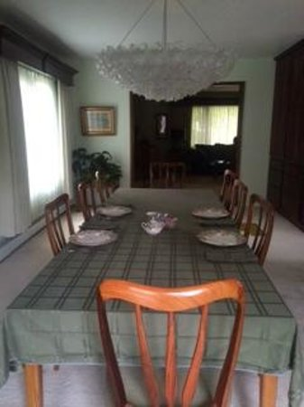 Camai Bed and Breakfast Inn: dinning area