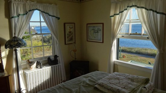 The Commander's Beach House: One room of the Lighthouse Suite