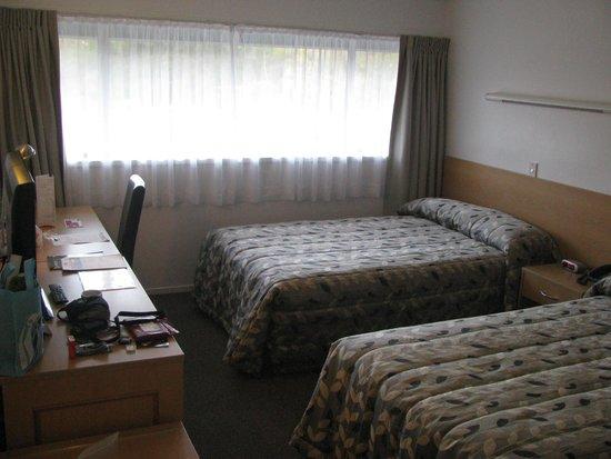 Auckland Rose Park Hotel: Bedroom