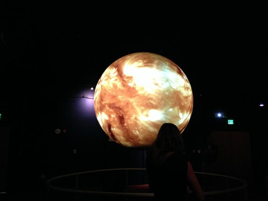 NOAA's Earth System Research Laboratory: Interactive Sphere
