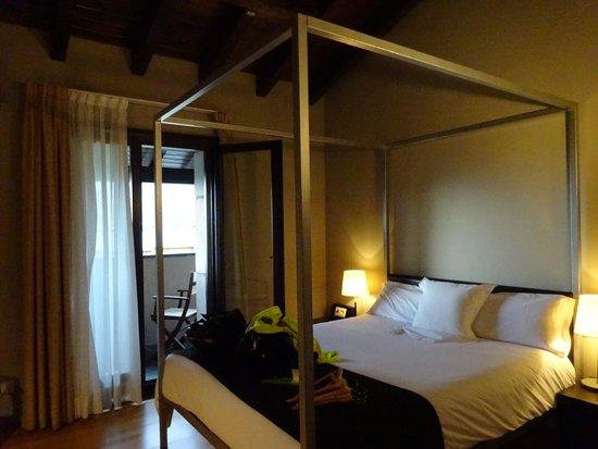hotel bernat de so llivia: