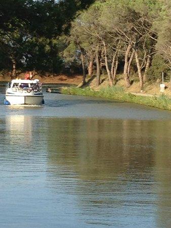 La Souqueto: The beautiful canal du midi
