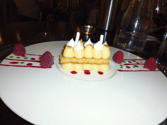 Auberge de la Marine : Breton sable with orange marscapone cream