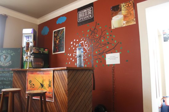 Enjoy Hostels: sala de estar