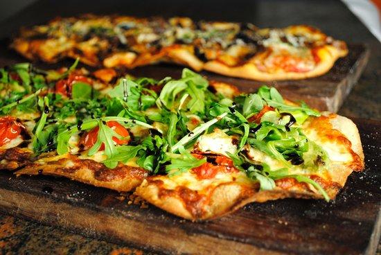 Blu Stone Bistro: Blu Stone Pizza