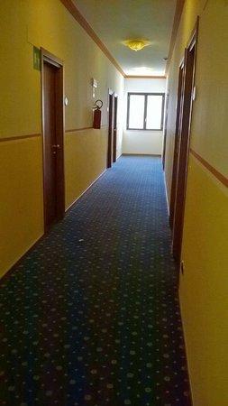 Hotel Relax : corridoio camere