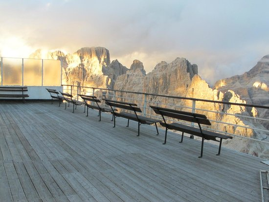 Holimites - Holiday into the Dolomites: Dolomites-- Where God Vacations!
