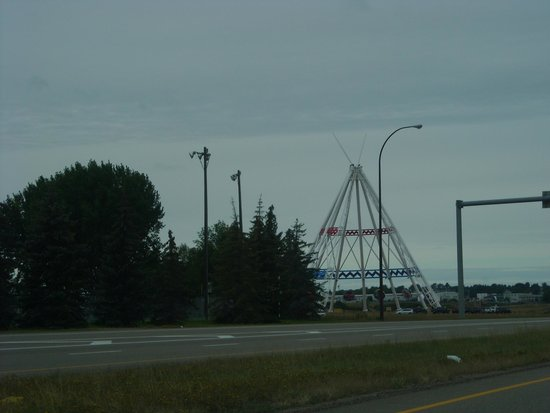 Saamis Teepee: From the Highway