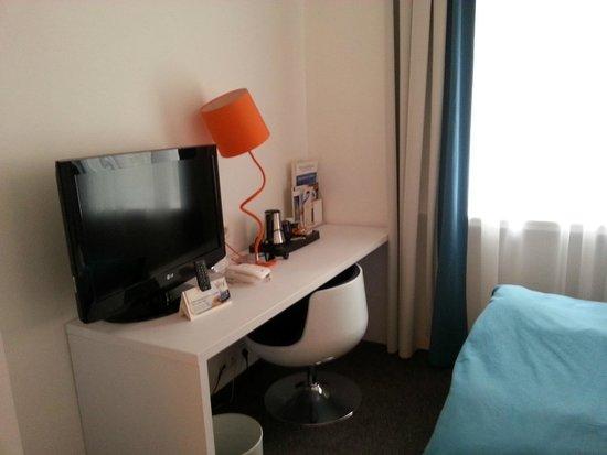 Wyndham Garden Duesseldorf City Centre Koenigsallee: Room detail