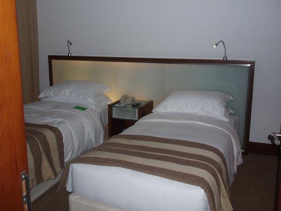 Villa Rotana - Dubai: Bedroom
