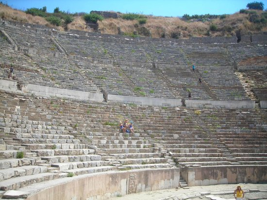 The Ephesus Theater - Picture of Efes Antik Kenti ...