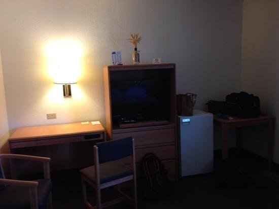 Travelodge Pendleton OR: tables, TV and fridgeNo Fraud- RMG-- PDMG photo sideways