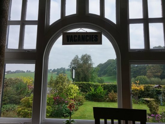 Meadowcroft Country Guest House: A view from dinning room