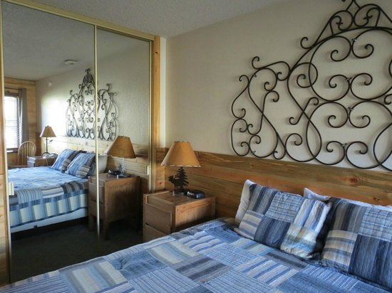Inn at Silver Creek: Our Room