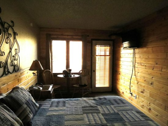 Inn at Silver Creek: Our Room_1