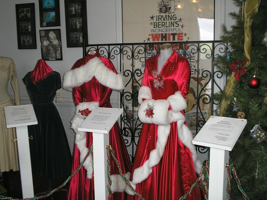 Rosemary Clooney House: White Christmas Dresses