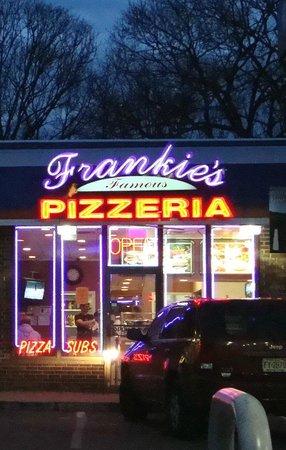 Frankie's Famous Pizzeria