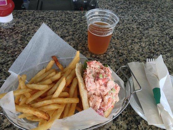 Sea Ketch Restaurant: Worth the 3 hour drive